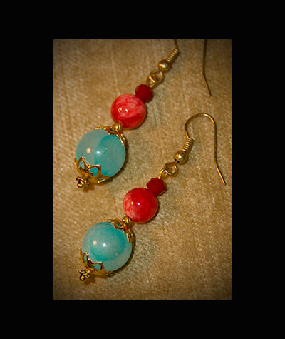 shutter gallery, kennebunk, maine, hand crafted vintage earrings, deb desmond meserve